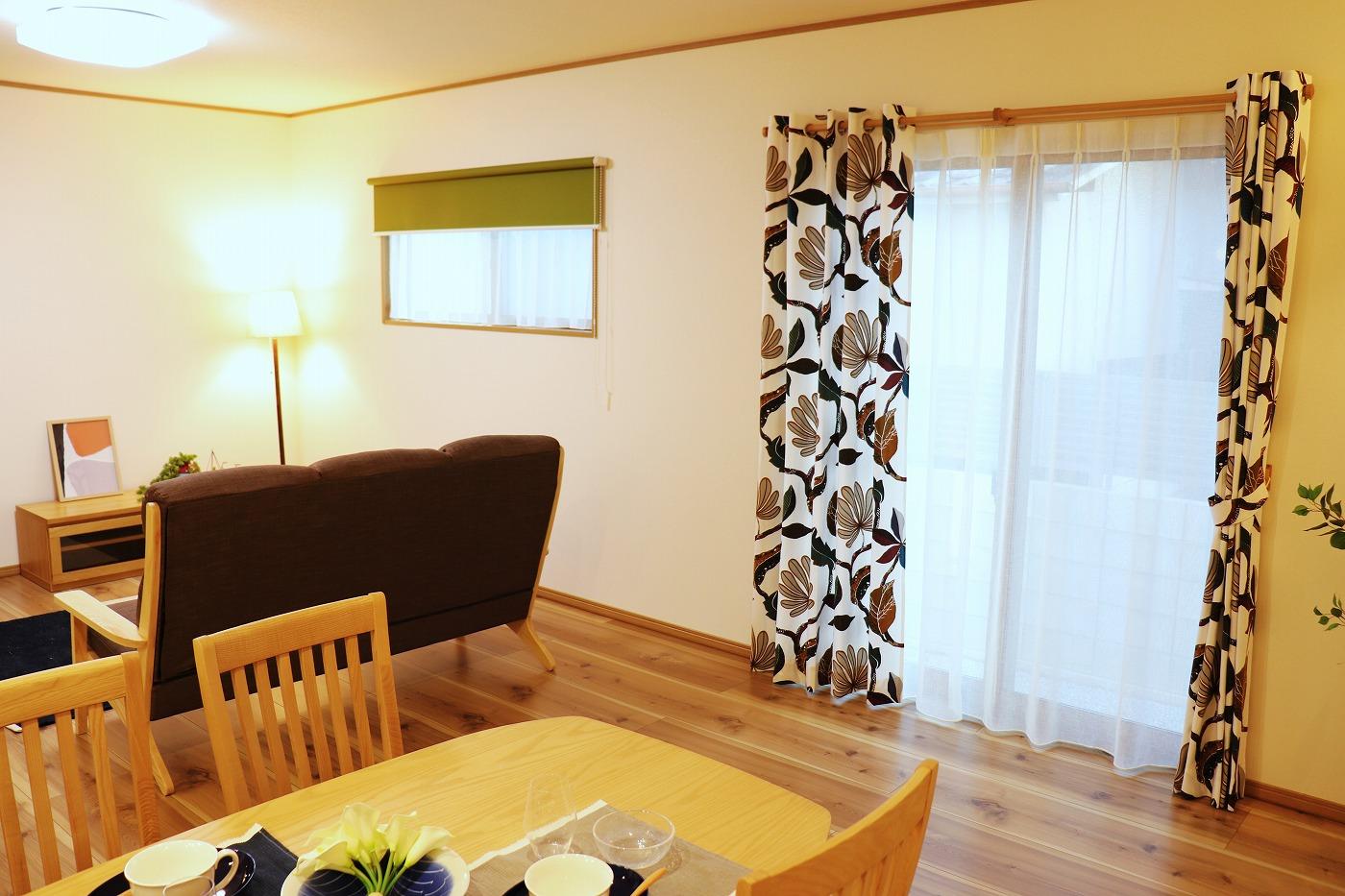 高松市木太町の新築分譲住宅のリビング