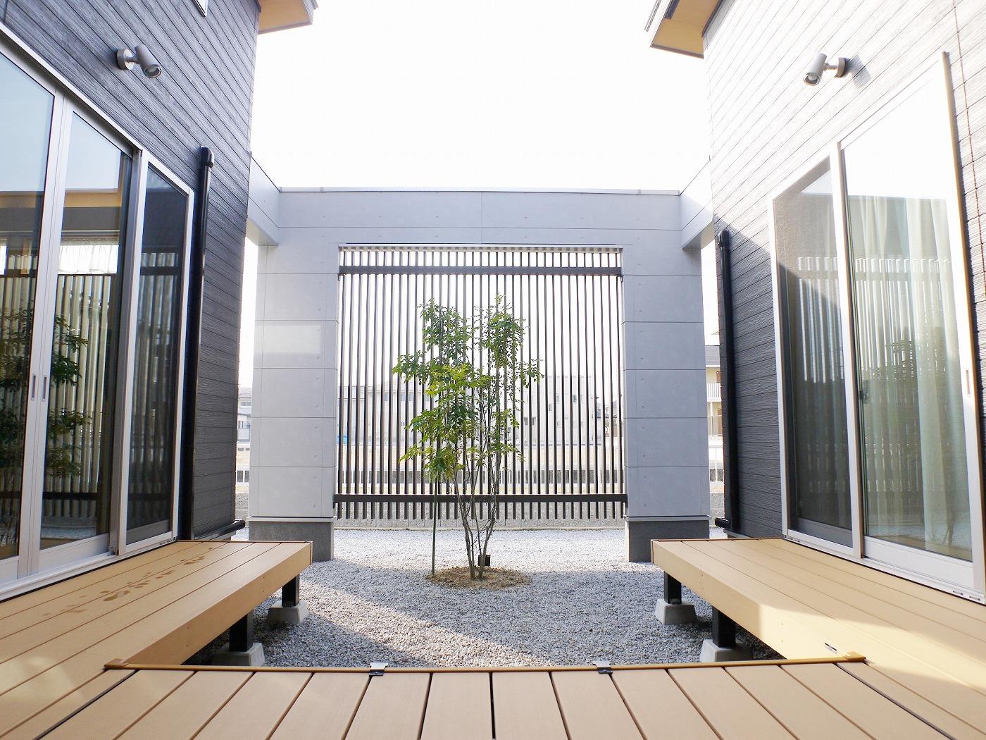 高松市の新築注文住宅の中庭