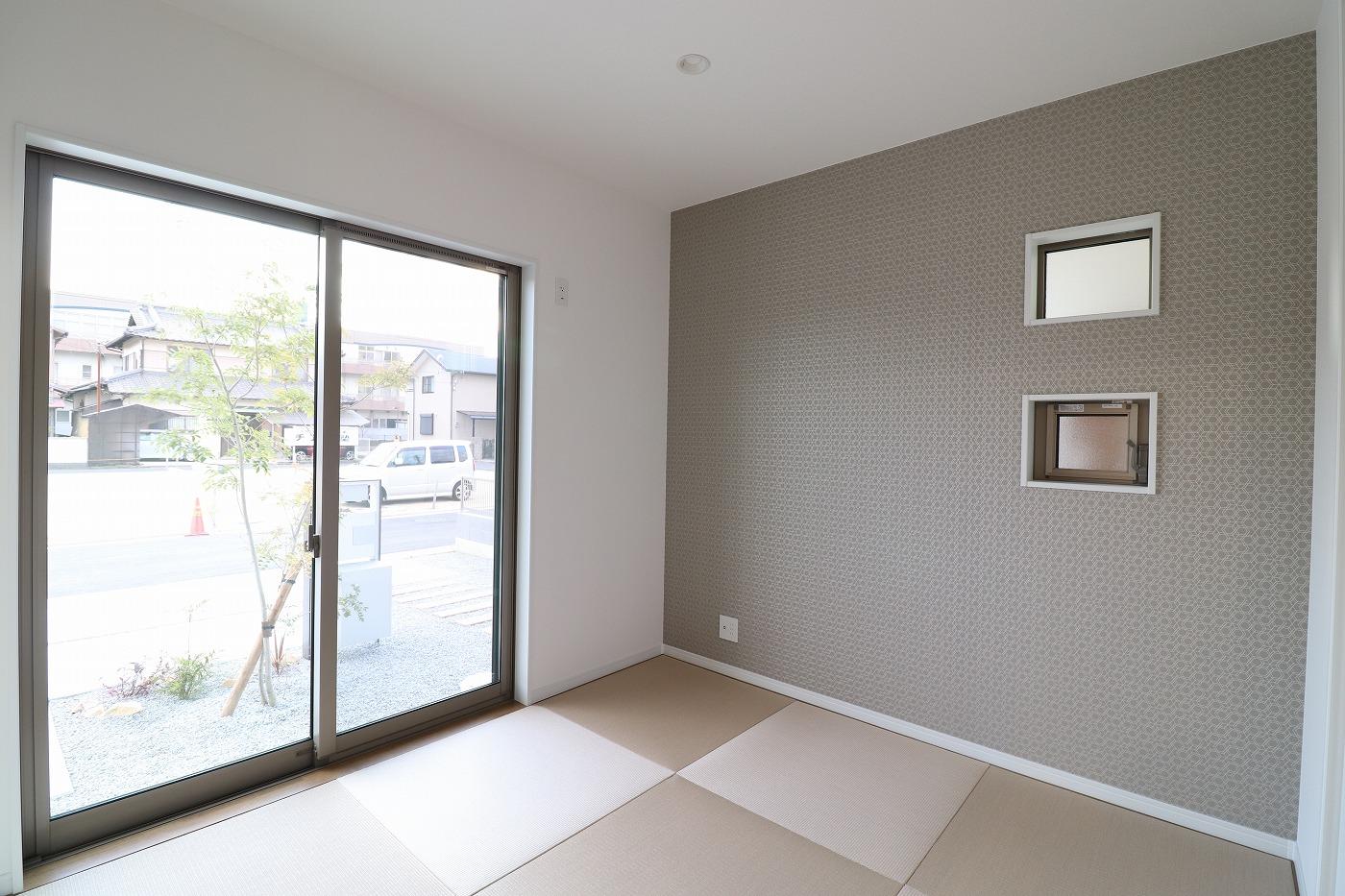 高松市木太町の新築分譲住宅のリビング和室