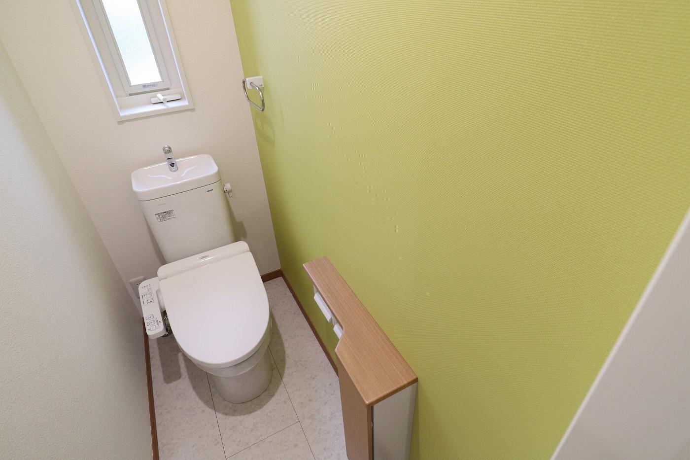 高松市太田下町の新築分譲住宅のトイレ
