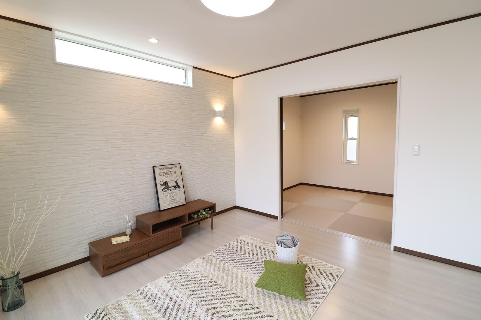 高松市六条の新築分譲住宅リビングから続く和室