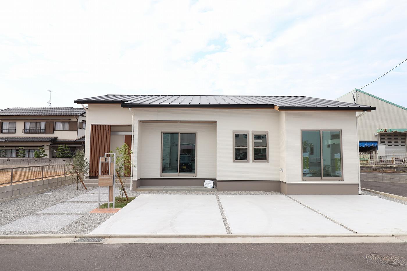 高松市下田井町の新築分譲住宅の外観
