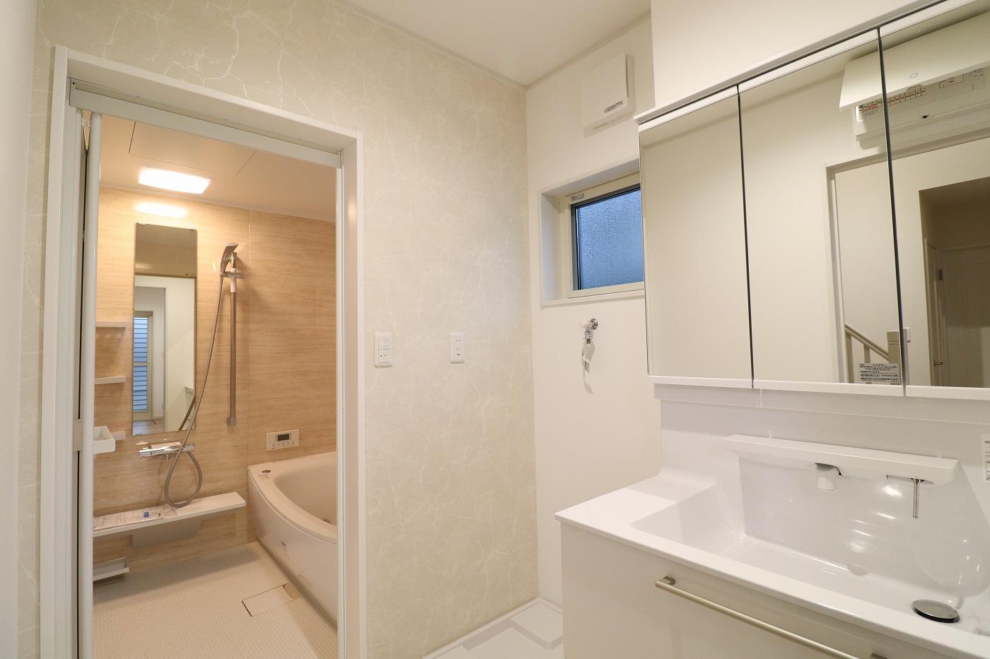 高松市木太町の新築建売住宅の洗面浴室