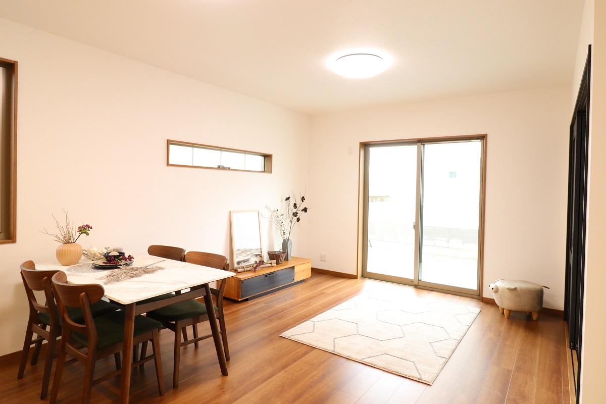高松市林町の新築分譲住宅のリビング