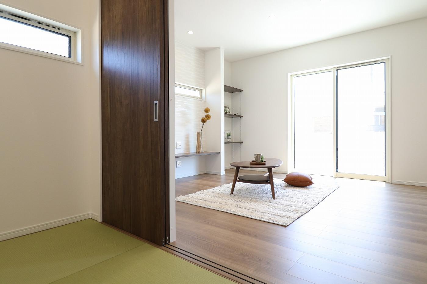 高松市木太町新築分譲建売住宅のリビング和室