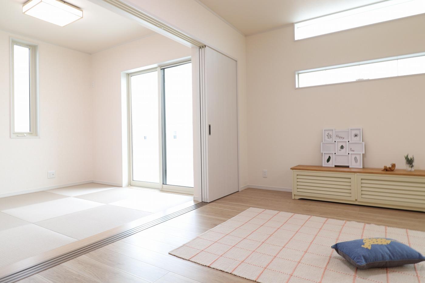 高松市六条町の新築分譲住宅のリビング和室