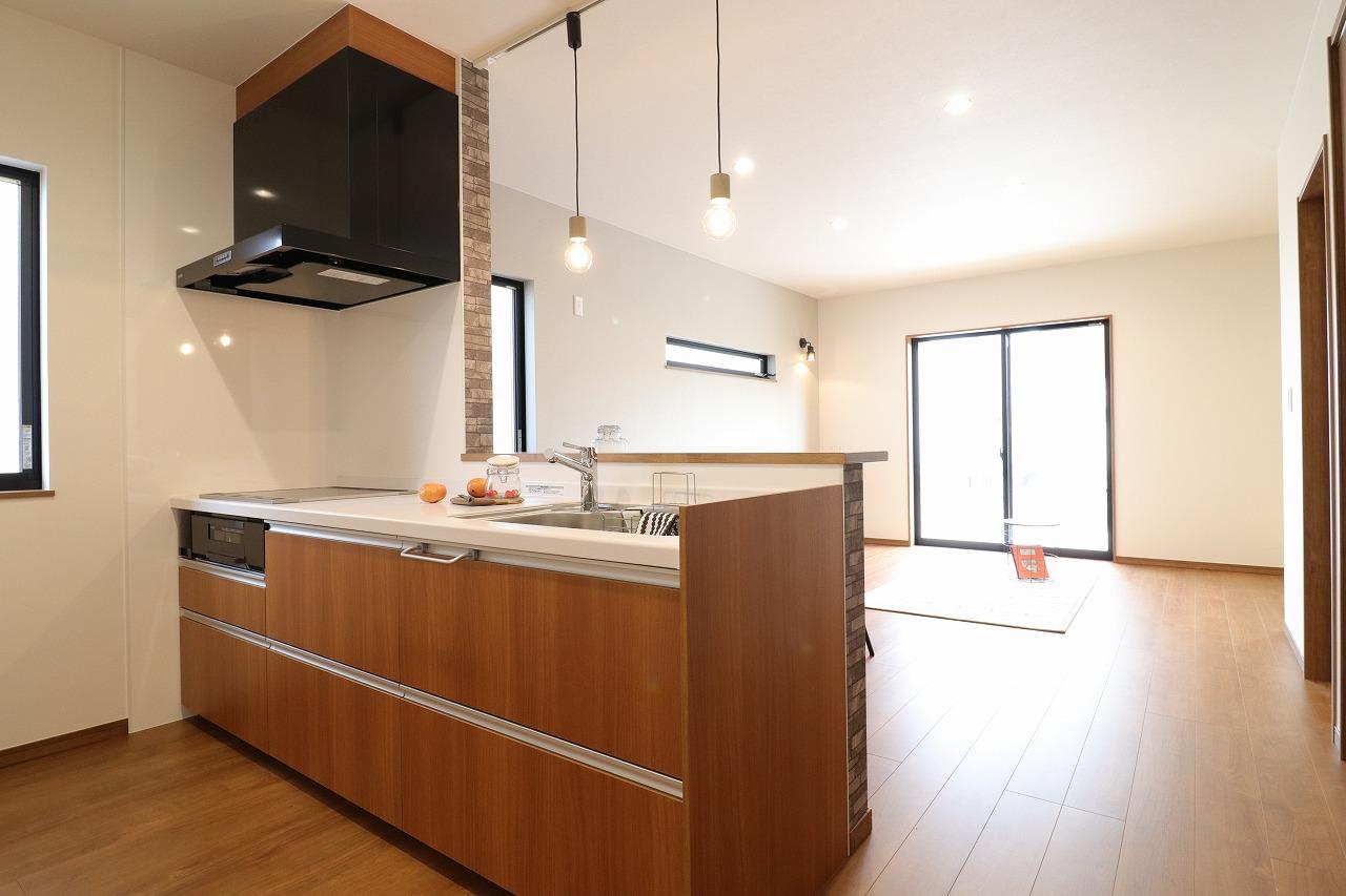 高松市木太町の新築分譲住宅のキッチン
