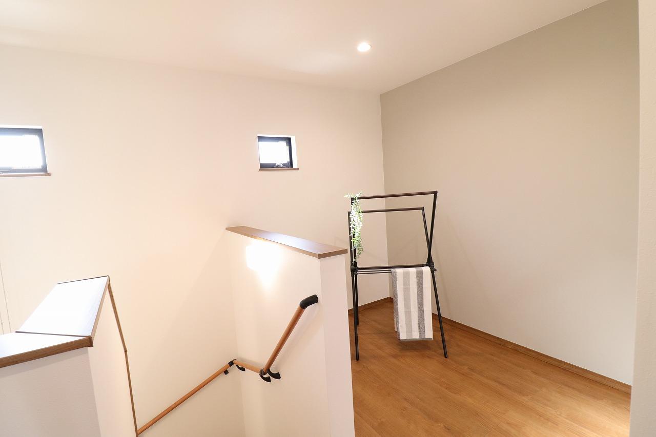 高松市木太町の新築分譲住宅の室内物干し